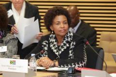 Visit by Minister Nkoana-Mashabane