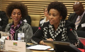 Nozipho Mxakato-Diseko, South African Government's Ambassador at Large and Special Envoy for the UNFCCC, on the left, and Maite Nkoana-Mashabane, South African Minister for International Relations and Cooperation